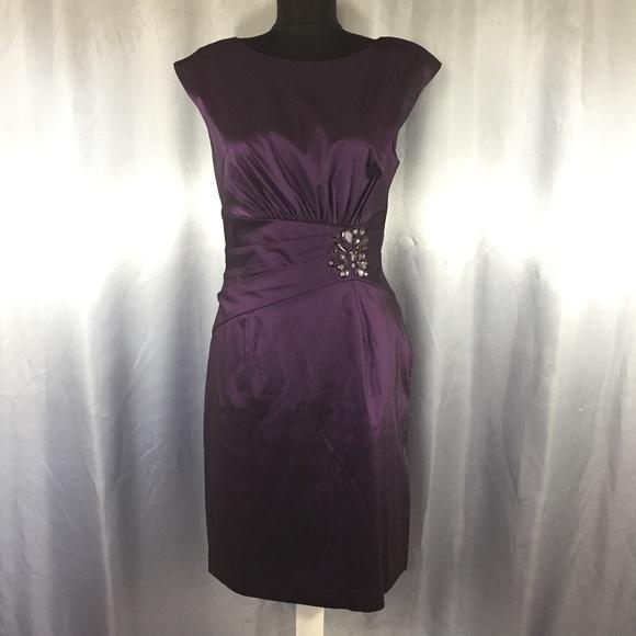 Eliza J Dresses & Skirts - Eliza J metallic pleated dress